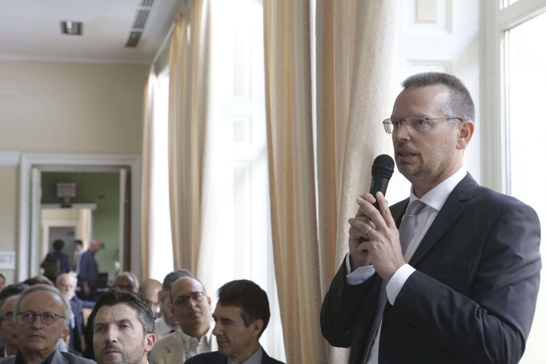 Giuseppe Viscardi: Presidente Commissioni Accesso alle Grandi Infrastrutture - Mercato Midstream - Regolamenti Europei nei Mercati Energetici all'ingrosso