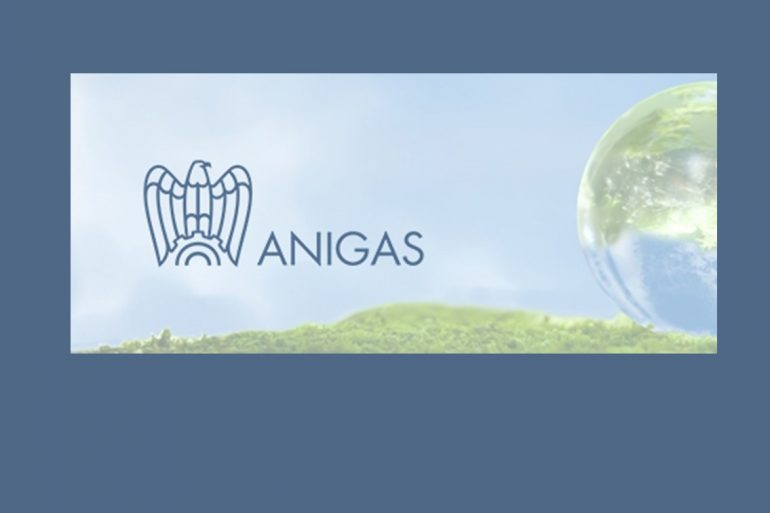 Anigas rafforza la base associativa